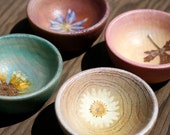 Set of Small Wood bowls - Natural Pressed Flowers