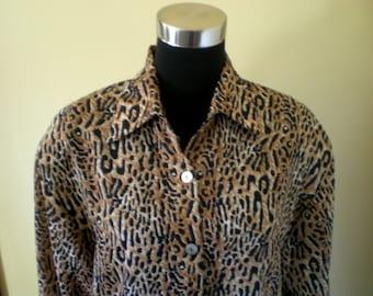 80s 90s Blouse Shirt Top Tunic / Semi SHEER Leopard / Slouchy Oversized Boho Chic Vintage Animal Print Cheetah / M L