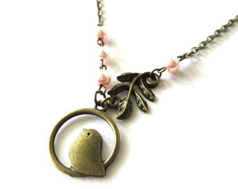 Light pink pearl necklace jewelry antique bronze brass leaf and bird charm necklace vintage style