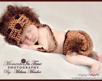 Lion hat and diaper cover set in brown with fun fur mane: available in multiple sizes. Made to order.
