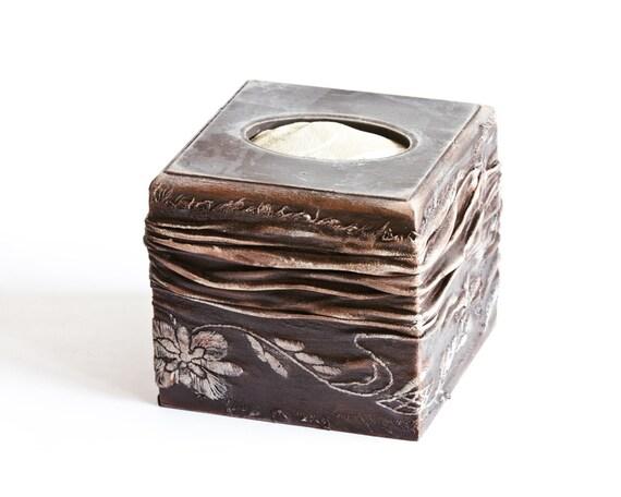 Napkin Box, Tissue Holder, Cottage Chic Kleenex Holder, Rustic Wooden Kitchen Decor, Brown Tabletop Serviette Holder