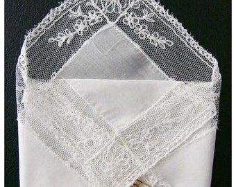 Vintage White Linen Hankie Handkerchief Gift Pocket With Lace Edges