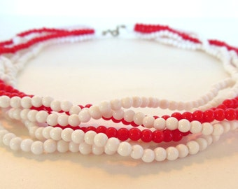 "Vintage Necklace Red White Plastic Bead Six Stand 18 "" 70's (item 85)"