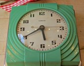 Vintage Art Deco Jade Green Color Hammond Prudence Kitchen wall clock