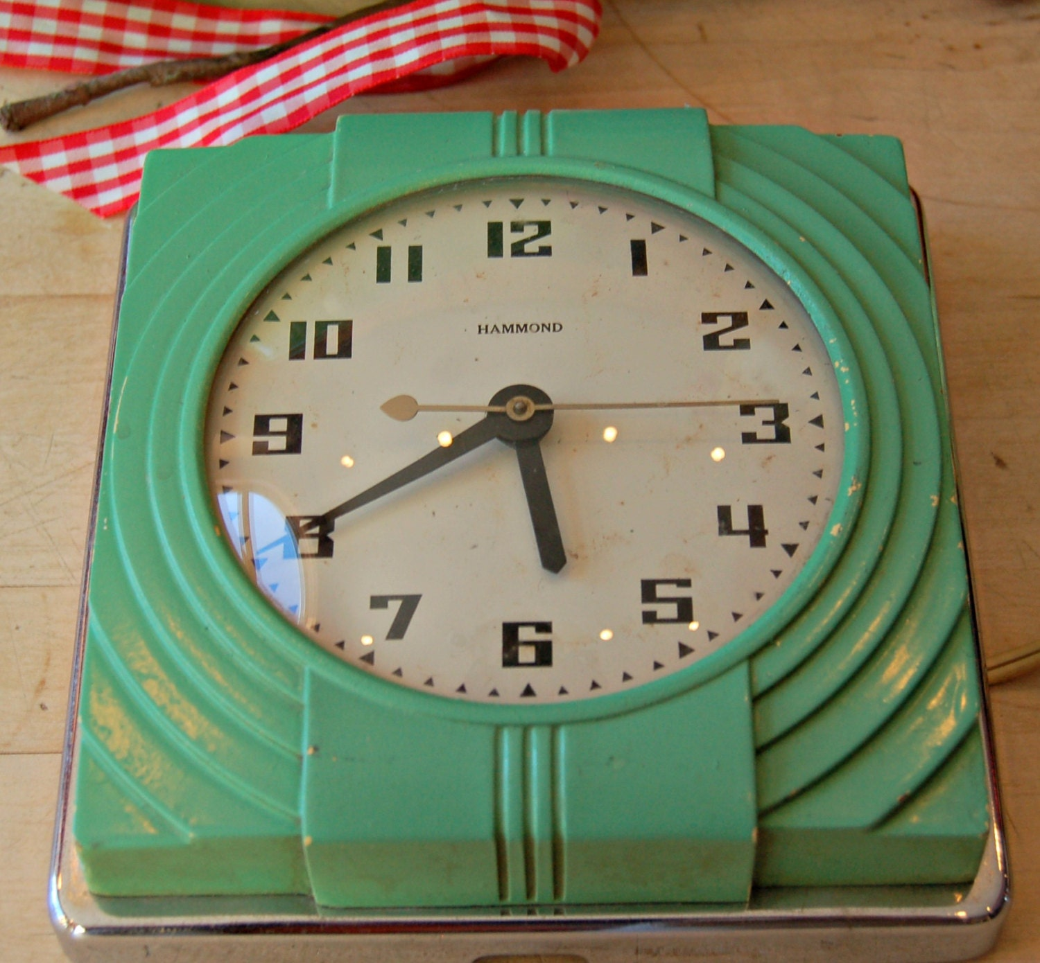 Retro Electric Kitchen Wall Clocks: Vintage Art Deco Jade Green Color Hammond Prudence Kitchen