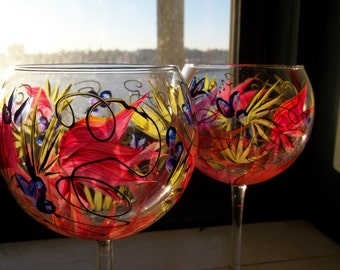 2 TROPICAL PARADISE Handpainted Wine Glasses