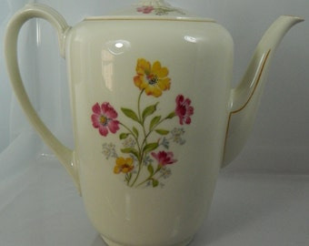 Vintage Tea/Coffee Pot Porcelain Zeh Scherzer Bavaria Germany ON SALE