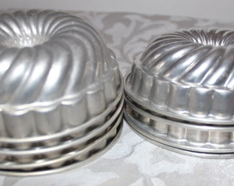 Vintage Cake or Jello Aluminum Fluted Tiny Bundt Cake Baking Tins