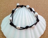 LEATHER & FRESHWATER PEARL Bracelet - Knotted - Natural Black Leather - White Rice Pearls - Oval Pearls - Choose Size