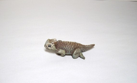 Horned toad, miniature ceramic horned toad