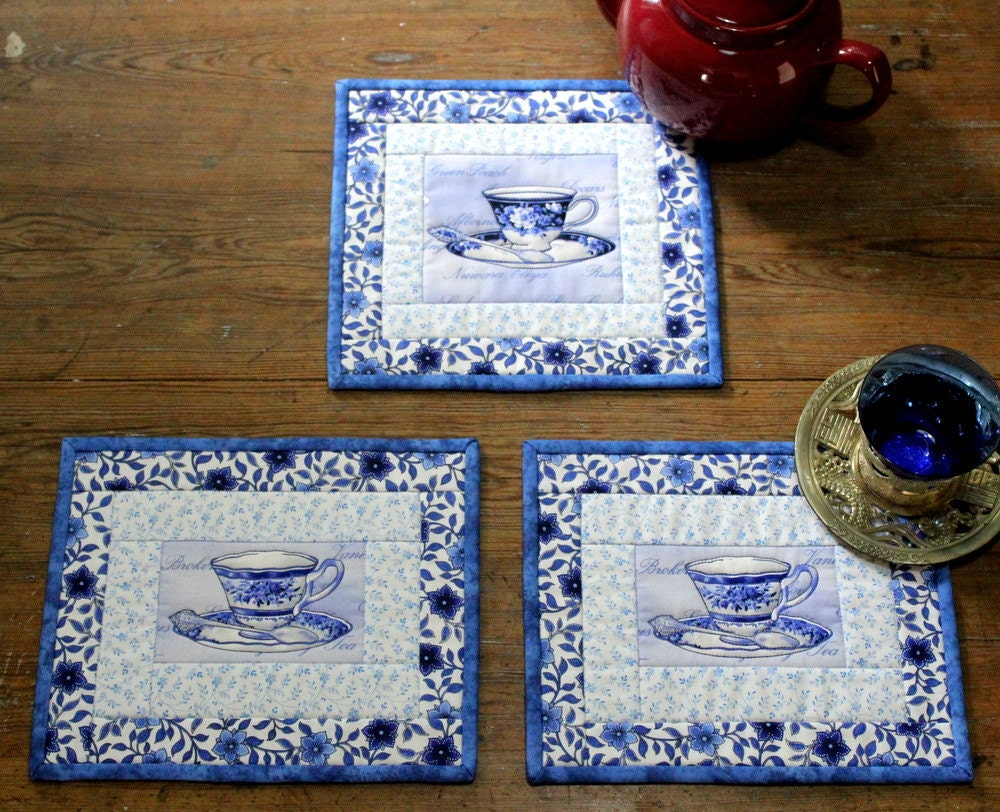 Charming Teacup Mug Rug And Teapot Mat In Blue And White Set