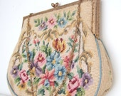 Vintage 1930s cream floral needlepoint evening purse with goldtone pierced frame / tapestry handbag - StellaRoseVintage