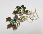 Autism puzzle earring - Jewelry - earring - dangle - drop - autism jewelry - For a cause jewelry - CollectionsbyTracy - puzzle charm