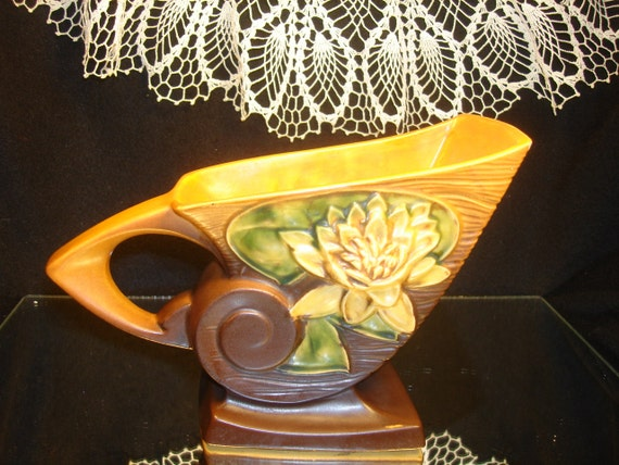 ROSEVILLE POTTERY CORNUCOPIA, 176 6, Brown and Gold, Collectible Vintage Roseville Pottery