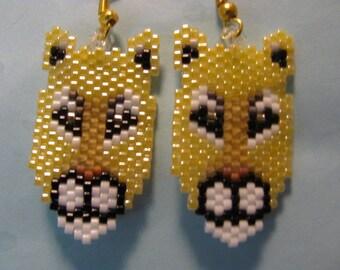 A beautiful pair of Puma, Cougar, Mountain Lion Cat head earrings
