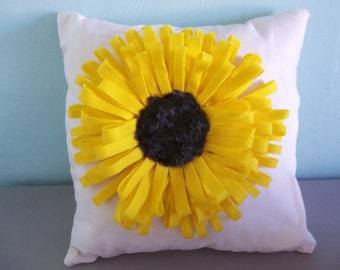 Detachable Sunflower Pillow