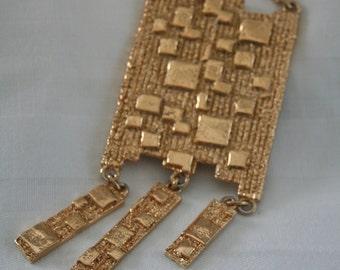 Napier Runway Necklace
