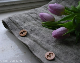 set of 2 LINEN PILLOW CASE with wooden buttons