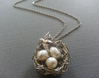White Freshwater Pearl Bird's Nest Necklace