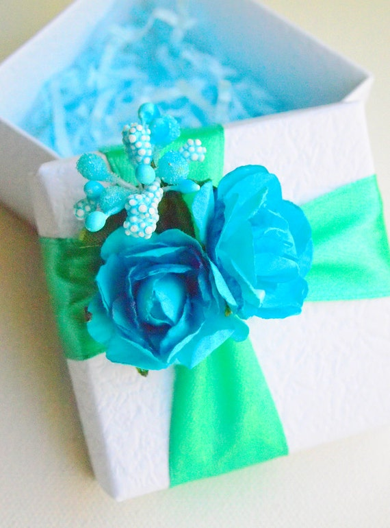Wedding Gift Box Tiffany Blue : Items similar to Tiffany Blue Box Tiffany Blue Weddings Favor Blue ...