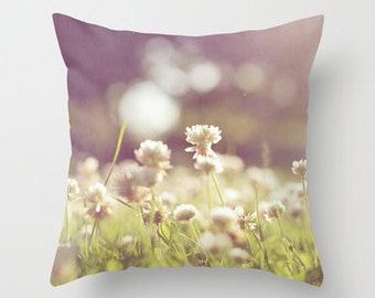 Decorative Throw Pillow Cover Clover Green Purple Lavender White Whimsical Dreamy Spring Summer Photo Case Livingroom Bed Home Bedroom Decor