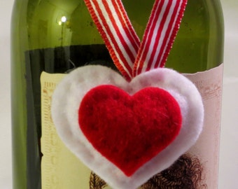 Set of 3 Felt Hearts, Valentines Ornaments, Hand Stitched Valentine Hearts, Wine Bottle Decor, Holiday Decorations, Felt Valentines Day Gift