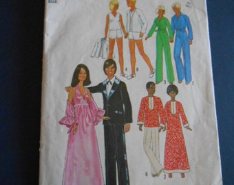 Simplicity  7737,  Barbie clothes