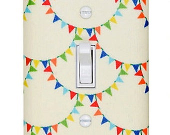 Flag Bunting Light Switch Plate or Outlet Cover / Rainbow Flags Switchplate / Mini Mikes Bunting Scallop Retro / Baby Nursery / Kids Room