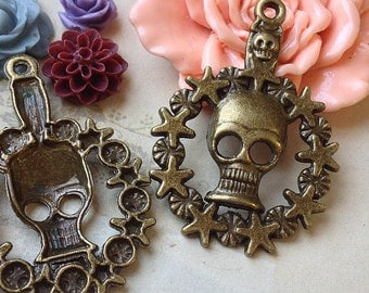 "34 x 46 mm Antique Bronze "" Skeleton Garland "" Charm Pendants (.nhg)"