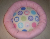Deluxe round bed for small dogs and cats, winter bears fabric