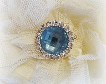 Light blue acrylic gem button. Rhinestone button. 1 Button