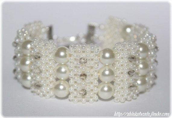 Ivory champagne bridal wedding bracelet cuff seed beads, glass pearls crystals Right Angle Weave seed beaded, wedding accessory bridal