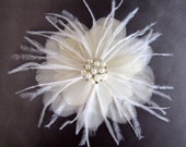 Bridal Fascinator, Bridal Feather Flower, Wedding Headpiece, Feather Fascinator, Bridal Headpiece, Off White, Ivory or Champagne