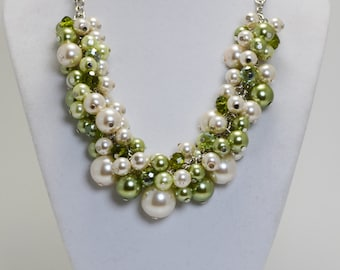 Ivory & Greenery Pearl Necklace, Green Pearl Necklace, Olive Pearl Necklace, Greenery and Ivory Cluster Necklace, Greenery Chunky Necklace