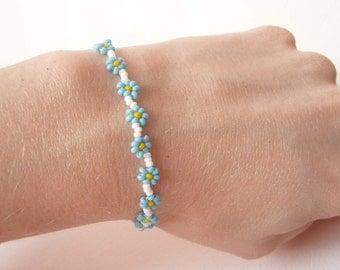 Blue Daisy Chain Bracelet, Bead Woven Flower Bracelet, Blue Flower Bracelet, Forget Me Not Jewelry UK