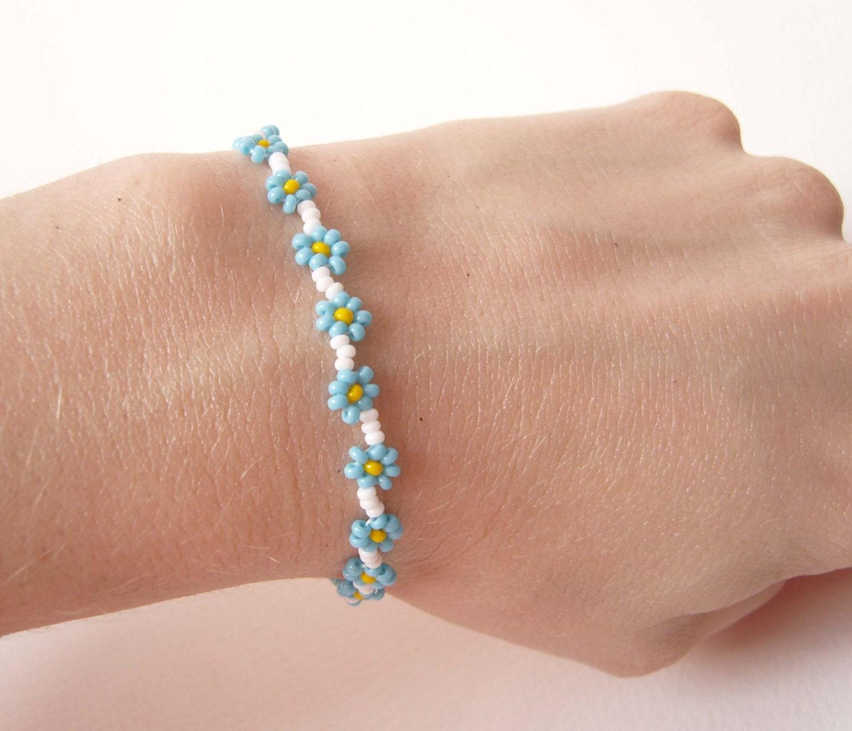 Beaded Charm Bracelets: Blue Daisy Chain Bracelet Bead Woven Flower Bracelet Blue