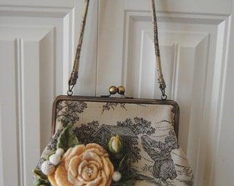 Vintage rose( Purse) felt  handbag ,felted flowers.Shoulder felt bag,Woman felt bag