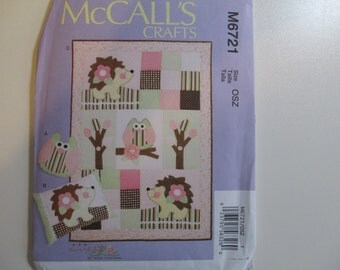 McCalls 6721  Forest Pillows and Quilt-- SALE--SALE