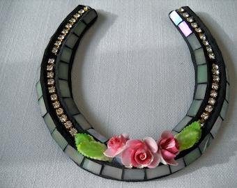 Rosy Posy  Mosaic Horse Shoe