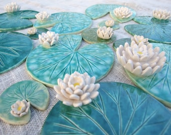 Lily pad coaster with flower ceramic green leaf summer time Waterlily green emerald, MADE TO ORDER