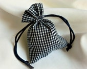 Country Wedding Decor,  Gingham Favor Bags, 20pcs