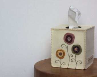 Nikkie's Felt Poppy Tissue Box Cover-Ivory