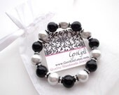Chunky Black and White Pearl Stretch Bracelet Black and Silver Go Spurs Beads