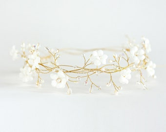 31_Bride flower crown, Vine flower crown, Bride flower crown, Bridal gold headband, Floral crown, Hair accessories, Flower crown vines.