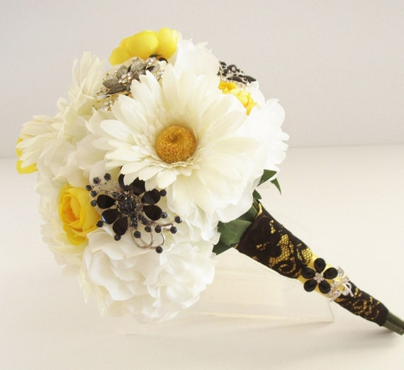 Black And Yellow Wedding Flowers: Items Similar To Silk BROOCH Bouquet, BLACK, Yellow, White