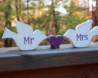 Wooden wood Bird, wood dove, love birds, love doves, Shelf Art, shower favors, wedding,  home decor, spring decor,