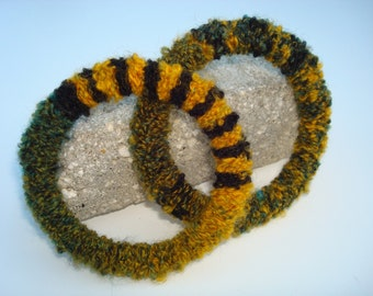 Bracelets Fiber Fine Art OOAK One of a Kind Color Progression Recycled Crocheted Eternal Texture Baby Boucle Yarn Flexible Plastic Core