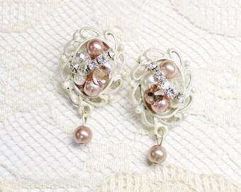 Blush Bridal earrings- Pink Drop Earrings- Vintage Inspired Earrings- Blush Earrings- Blush Wedding Earrings- Champagne Pink Earrings