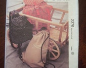 Kwik Sew fabric pattern 2379 Back Packs Kerstin Martensson Flaps drawstring zipper Velcro 1994