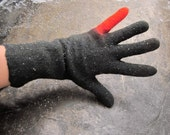 Felted gloves - natural wool - dark grey red - winter fashion - handmade